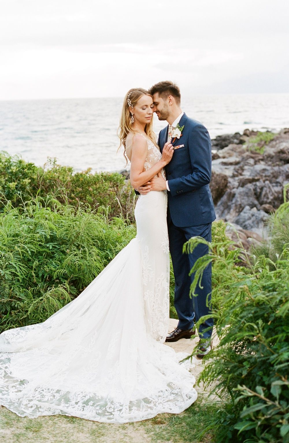 Tropical Maui Wedding With Bamboo And Monstera Leaves Wedding