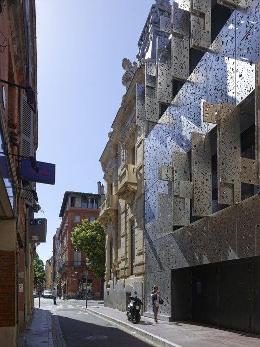 taillandier architectes associés / l'agence caisse d'épargne, rue du languedoc à toulouse
