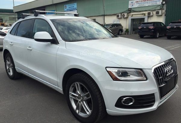 xe-o-to-Audi-Q5-2015