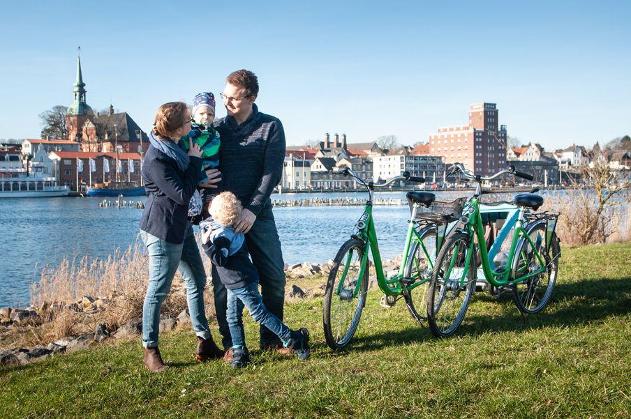 Ab Aufs Rad Mit Urlaubsart Radtouren Urlaub Schone Landschaften