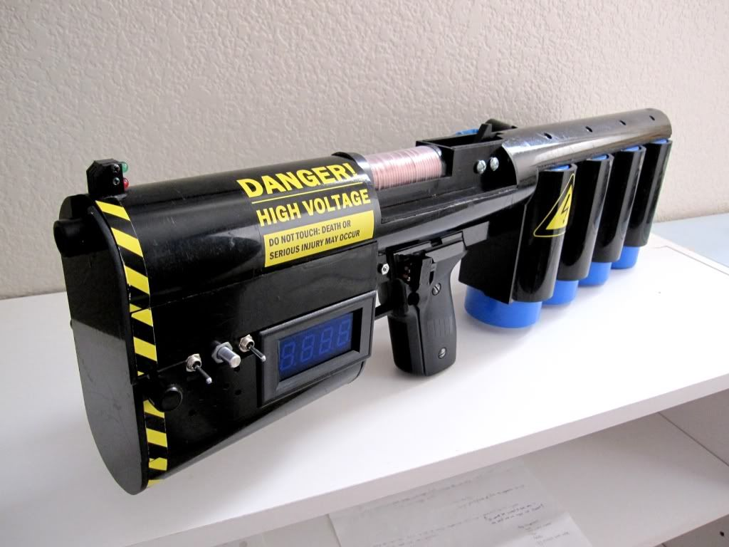 Impressive and Slightly Scary Coilgun Build | Demolition man, Guns ...