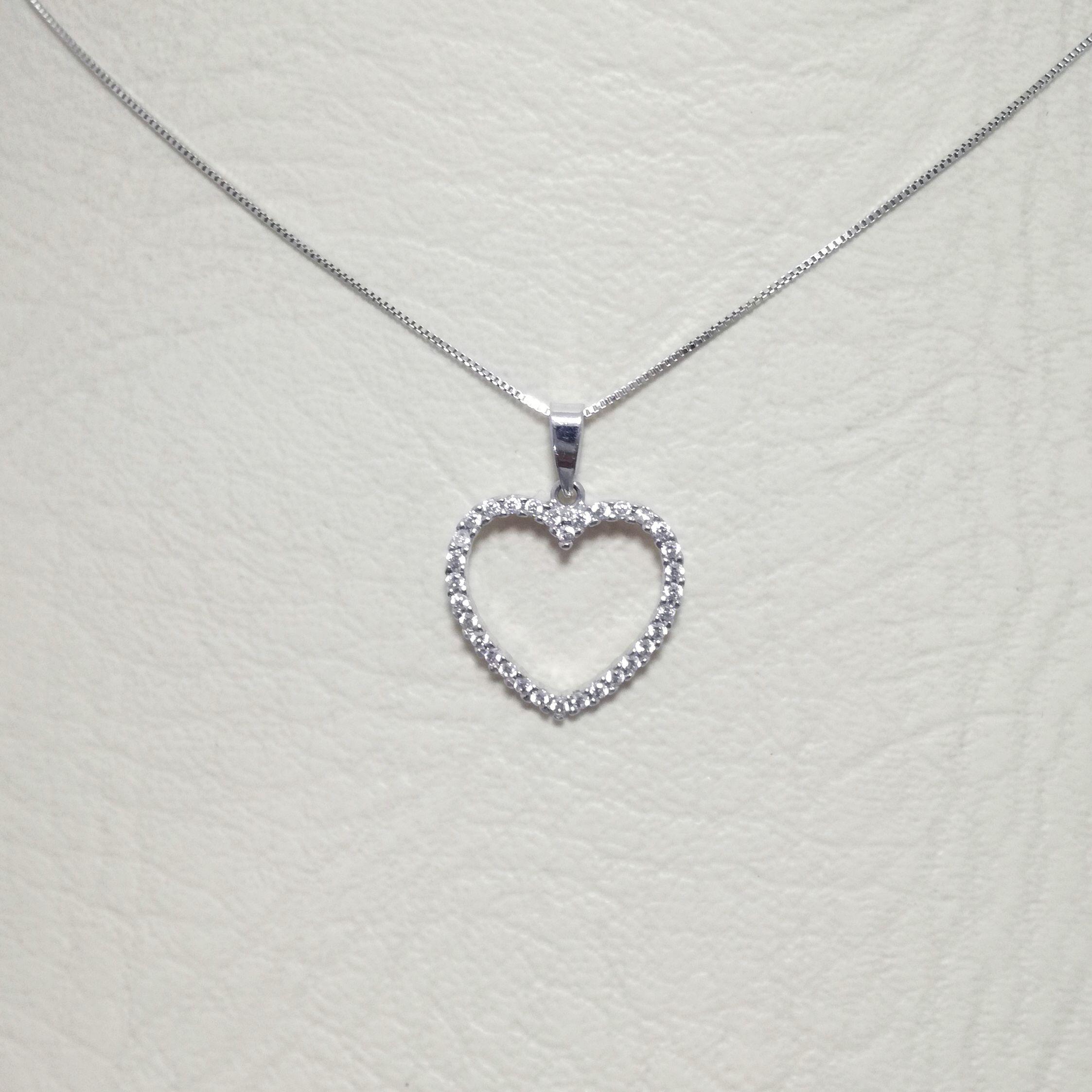 ae9cd2d9dd58 Cadena para dama, dije corazón con circones/Diamantes, en oro blanco ...