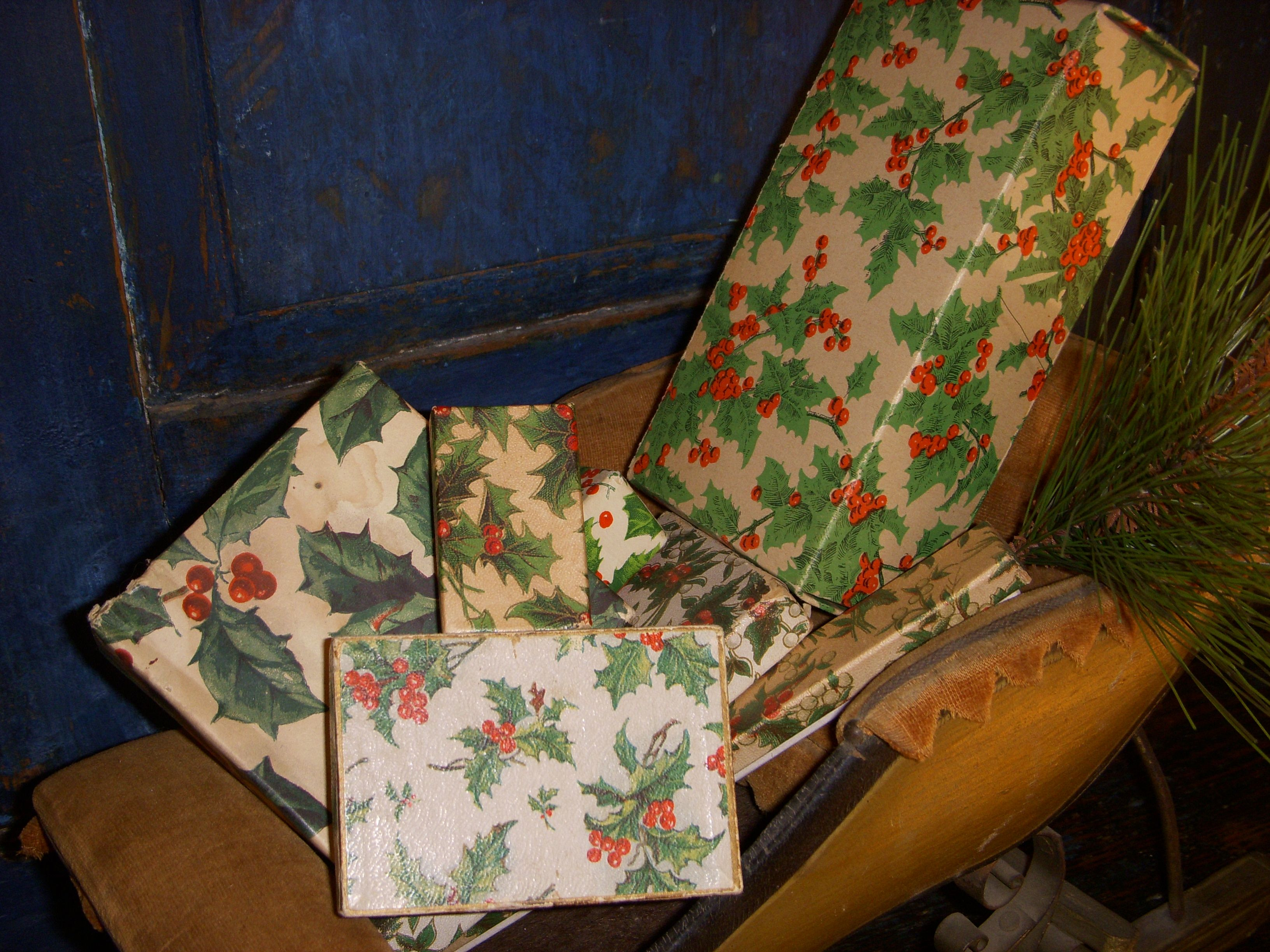 Holly boxes in sleigh