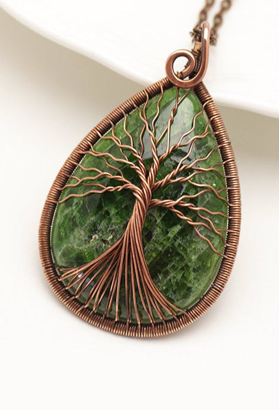 chrome diopside tree of life pendant necklace self love spiritual healing crystal jewelry christmas gift kittenumka jewelry necklace green tree copper