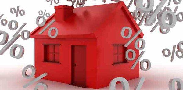 La banca anuncia hipotecas que luego no ofrece al cliente