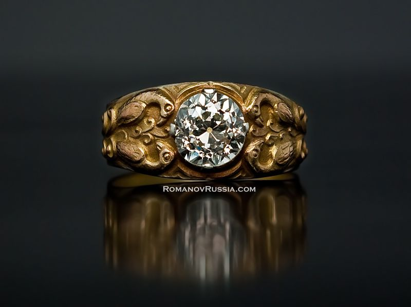 A Very Fine Antique Men S Gold Ring In Meval Russian Style Made Moscow Between 1908 And 1917 56 Zolotniks 14k 583 One Old European Cut Brilli