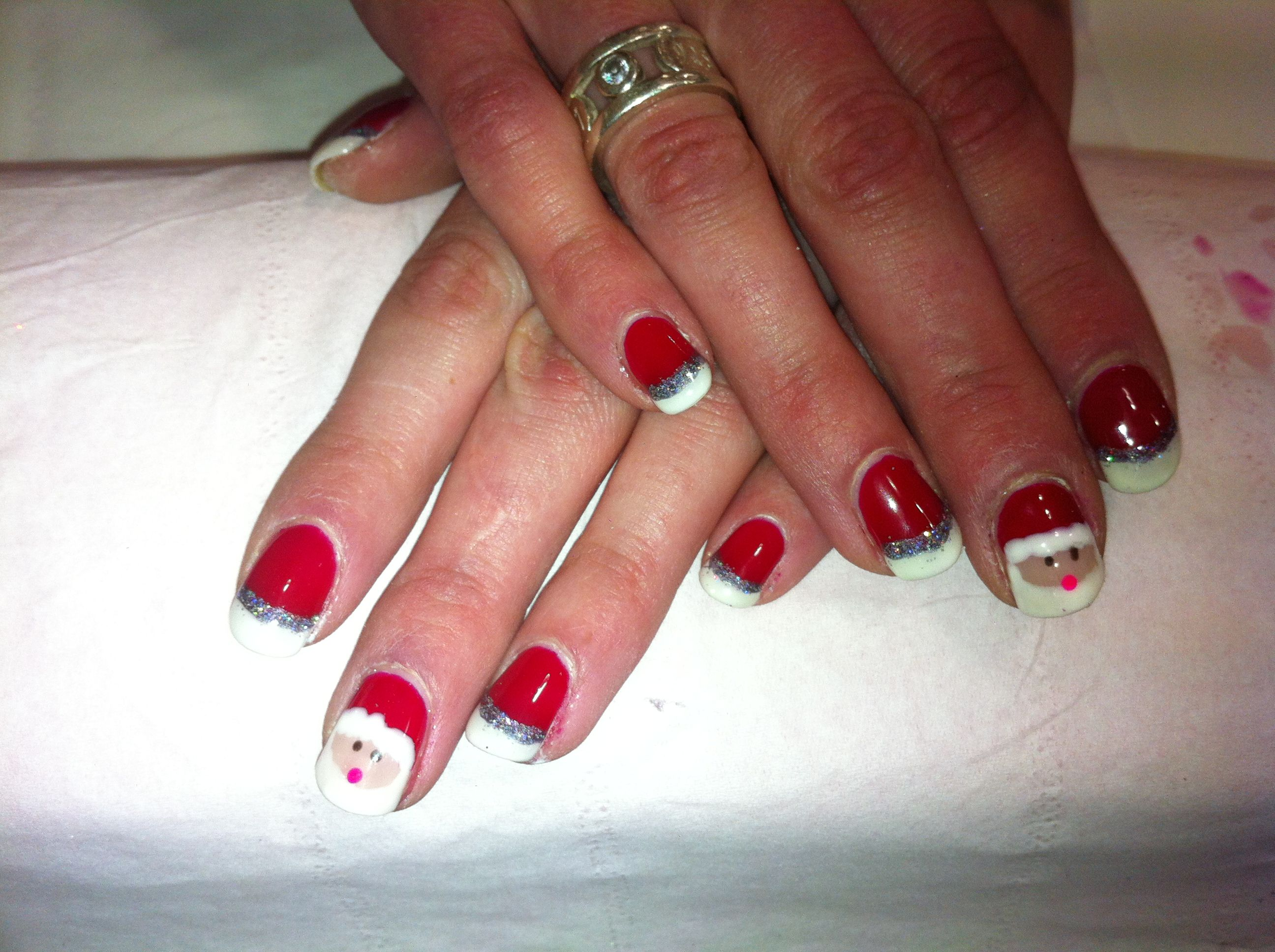 Christmas Is Coming Christmas Nails Nailart Desirees