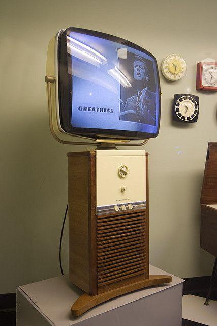 Robots And Retro Vintage Tv Vintage Television Retro
