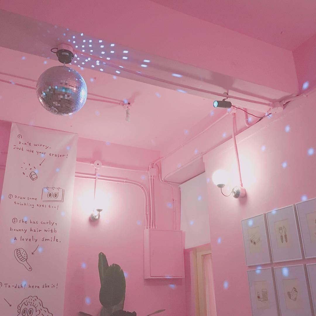 Pin By Cecily Bochannek On Pink: ˧�일와도 ˪�자랄거야 #스탠다드러브댄스 #연남동 #비스트로펍 #펍 #스럽댄 #이공