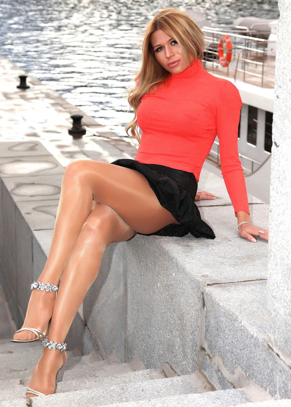 absolutely stunning in sexy tan pantyhose. | classic women's fashion