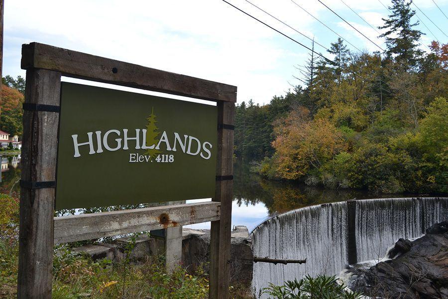 highlands nc log cabin rentals