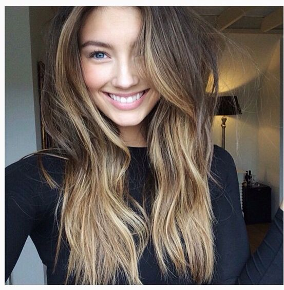 also a bit too warm, highlights are more concentrated around the face and has an ombre effect
