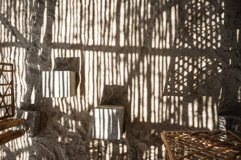 Galería de Playa Man / The Scarcity and Creativity Studio - 9