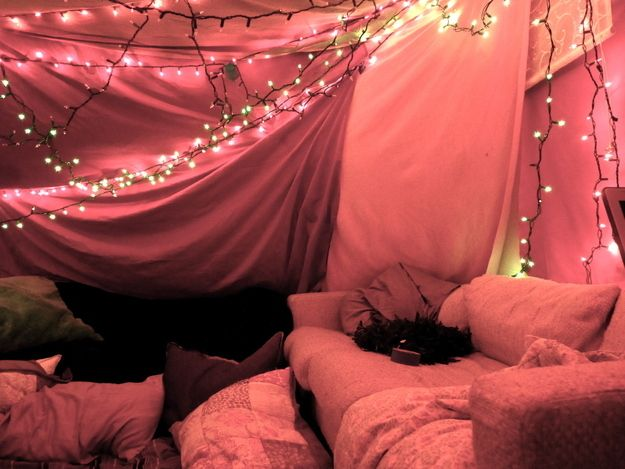 Community Post 5 Steps To Building Your Own Epic Blanket Fort How Much I Want