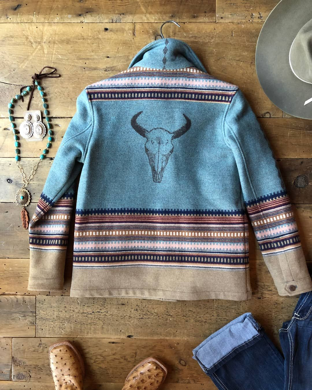Our Newest Pendleton Coat Is My Favorite The Colors Are To Die For And That Buffalo Skull Just Seals The Dea Pendleton Coat Pendleton Clothing Chic Outerwear [ 1350 x 1080 Pixel ]