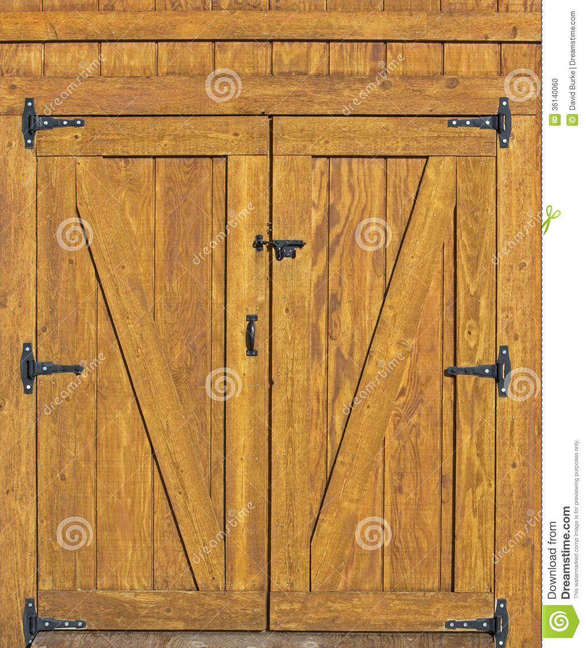 Hinged barn doors - Barn Door Background Rural Building Plank Doors Black Hinges Would