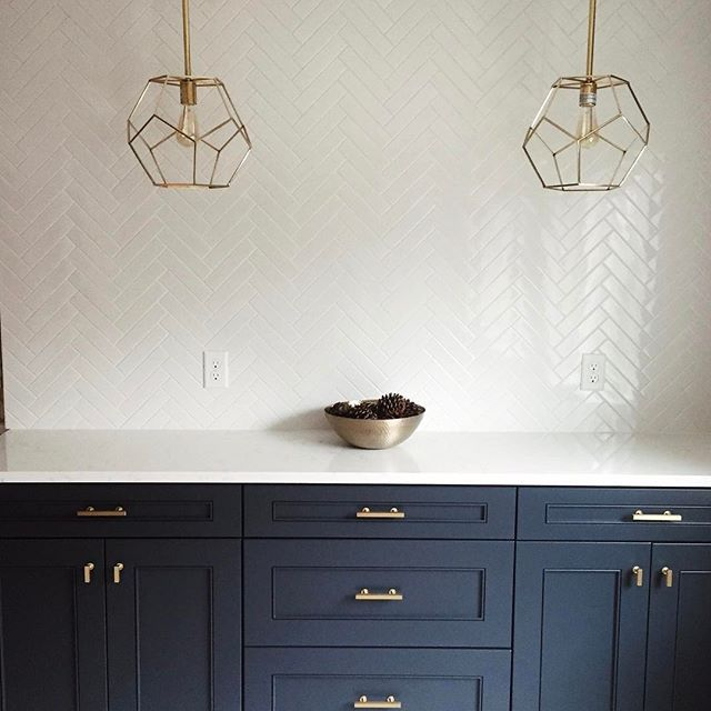 Navy Blue Cabinets With Herringbone Tile Backsplash Herringbone Tiles Kitchen White Kitchen Tiles Lake House Kitchen