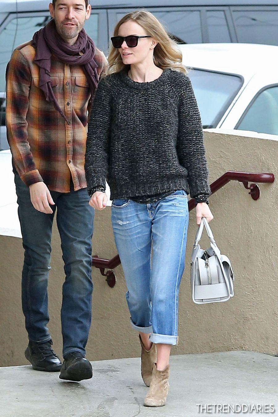 Boyfriend Jeans Ancle Boots Strick Pulli Mit Hemd Drunter