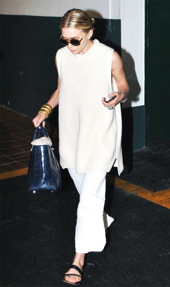 Olsen | white ribbed slit sleeveless shirt + pants + black sandals