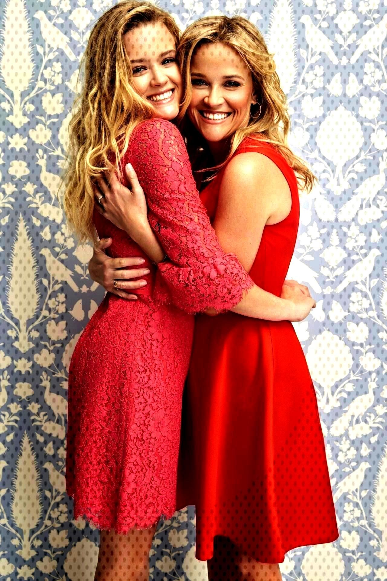 Daughter Ava Phillippe – Valentines Day Campaign 2018 -Reese Witherspoon and Daughter Ava Phillip