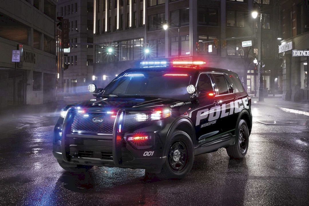 The All New 2020 Ford Police Interceptor Utility The First Ever Pursuit Rated Hybrid Police Suv Ford Police Police Cars Police Car Lights