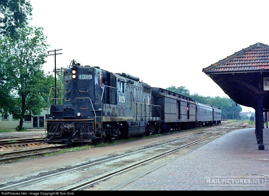 RailPictures.Net Photo: GA 1029 Georgia Railroad EMD GP7 at West Point, Georgia by Tom Sink