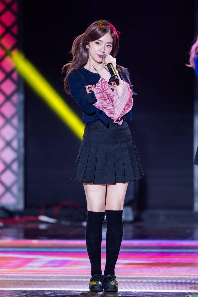 C09jz8bUAAAXQLT.jpg (682u00d71024) | RED VELVET | Pinterest | Red Velvet Stage Outfits And Kpop