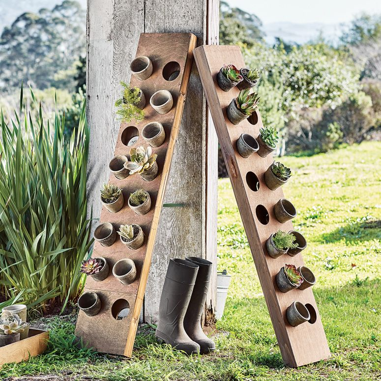16 Creative Diy Vertical Garden Ideas For Small Gardens: Vertical Garden Herb Planter