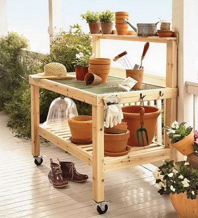 Solid Wood Potting Bench With Iron Mesh Work Surface And