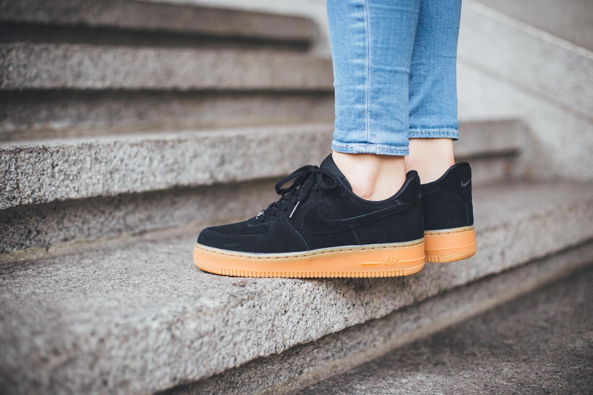 black gum air force 1 low
