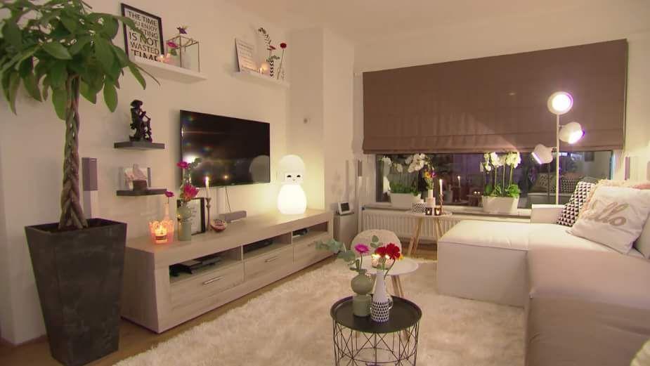 Plant Plankjes Boven Tv Lamp Bij Bank Woonkamer Ideeen Woonkamer Interieur