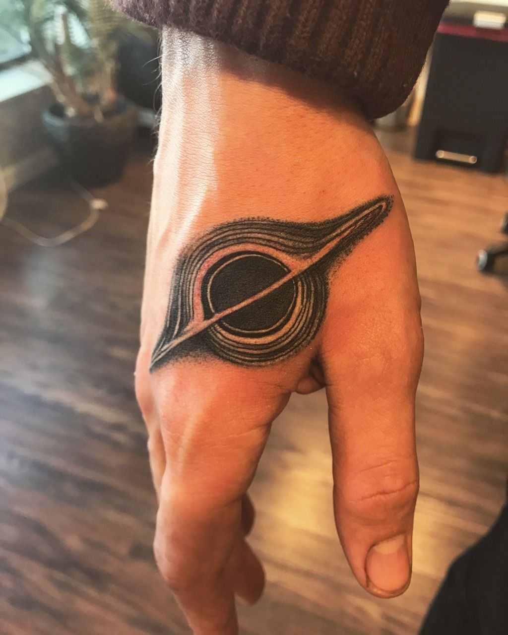 Eastern Pass Tattoo : eastern, tattoo, Gargantua, Interstellar, Weylin, Traugott, Eastern, Tattoo., Philly,, Tatuagens, Científicas,, Ideias, Tatuagem,, Aleatórias