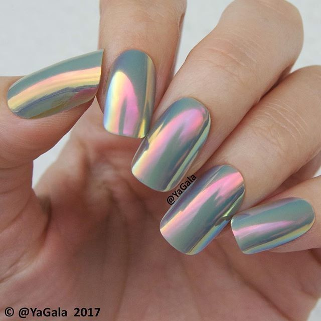 STORM, grey iridescent #poponnails worn by @yagala ☁ Yes, you can ...