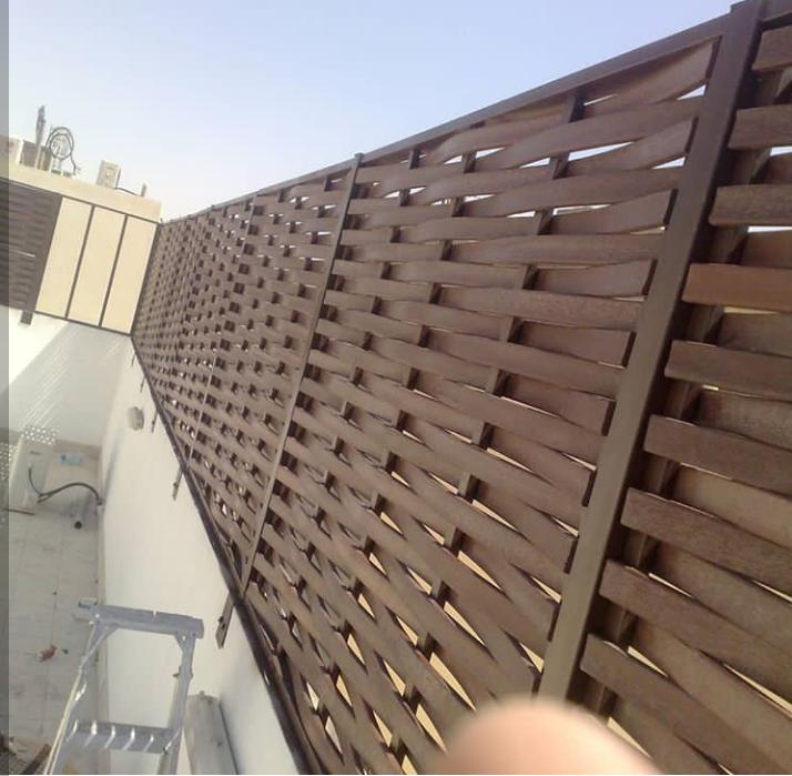 تركيب سواتر خشب باسعار مخفضه بالرياض Patio Umbrella Skyscraper Patio