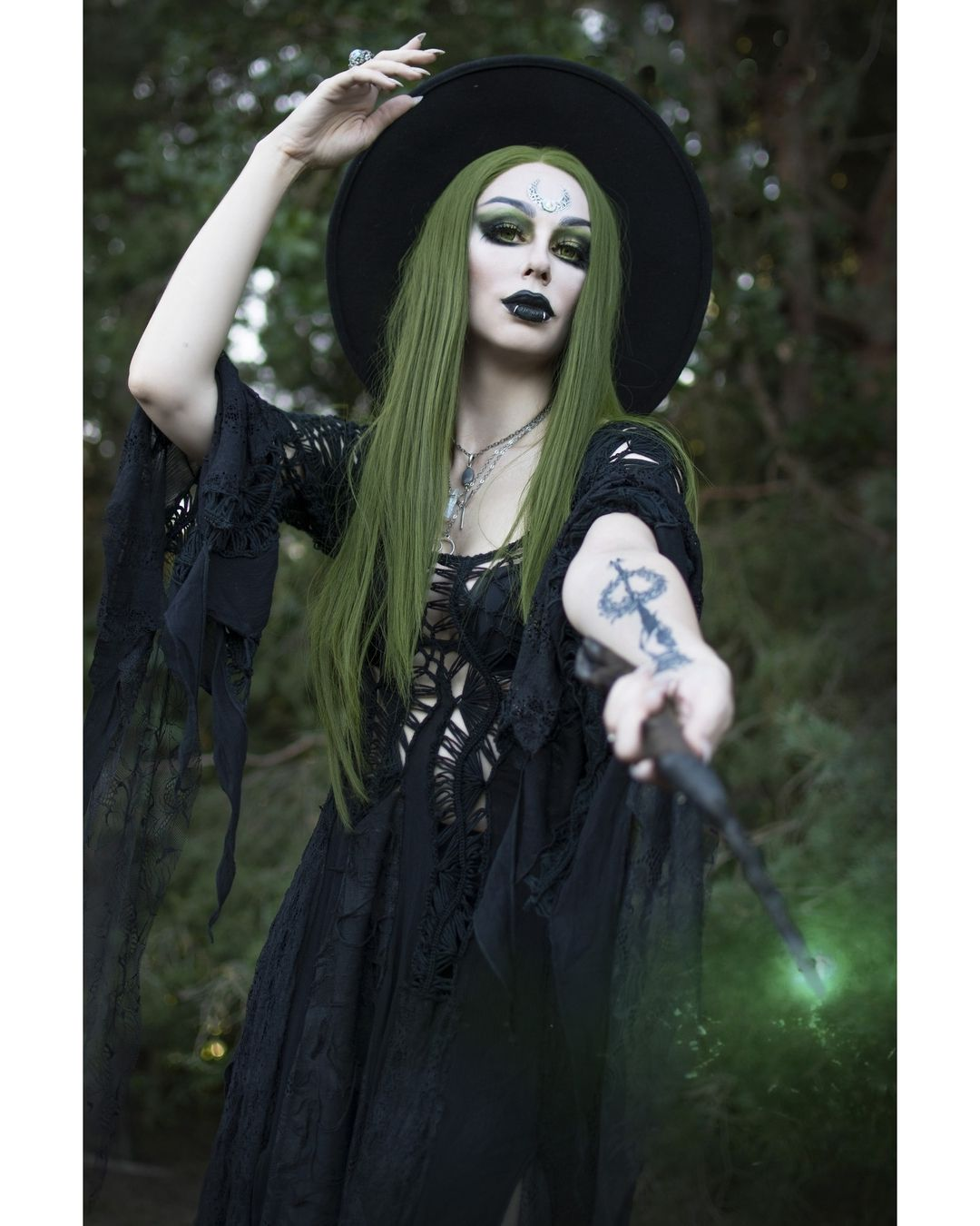 3 151 Likes 62 Comments Katrin Model Designer Katrin Lanfire On Instagram Werbung The Green Witch Model Katrin La Green Wig Witch Fashion Wigs