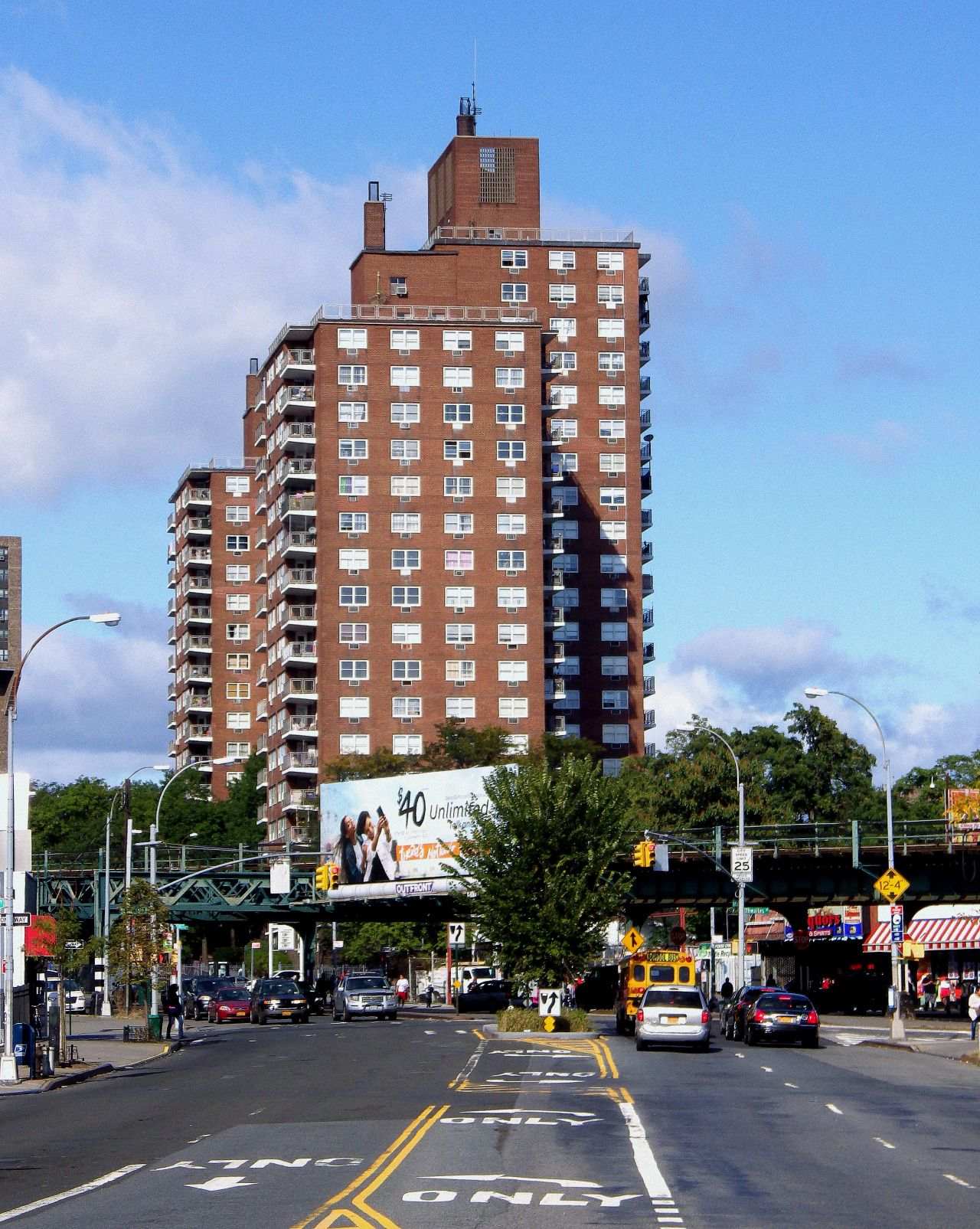 An apartment building in Pelham Parkway North. | Apartment ...