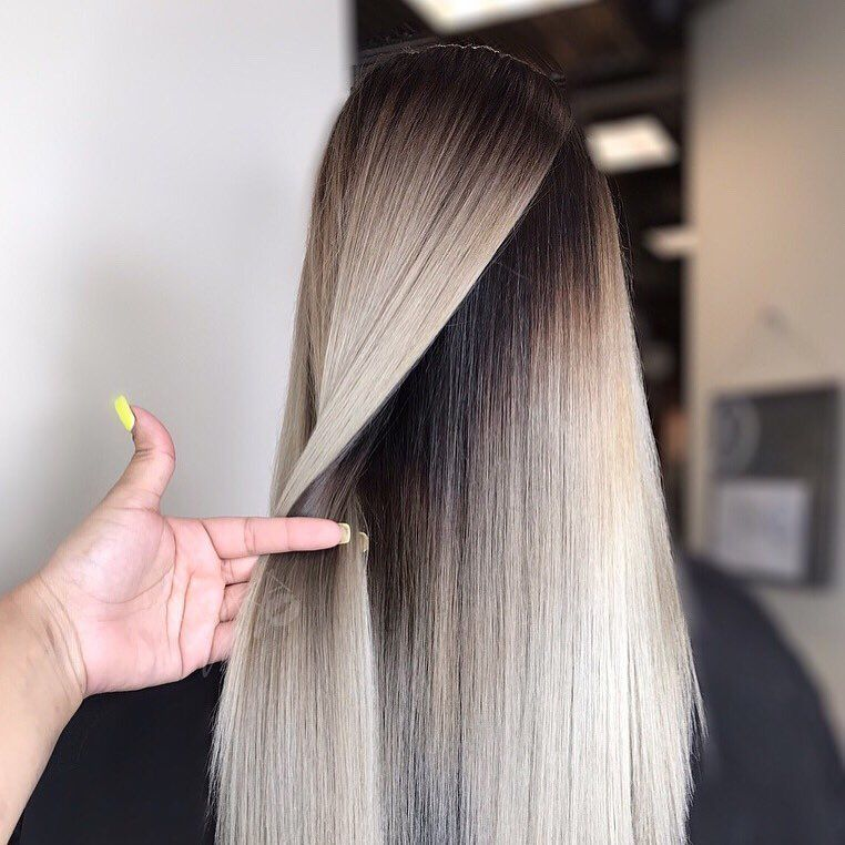 Die 10 Besten Lange Frisuren Mit Glattem Haar Beige Asche Farbe