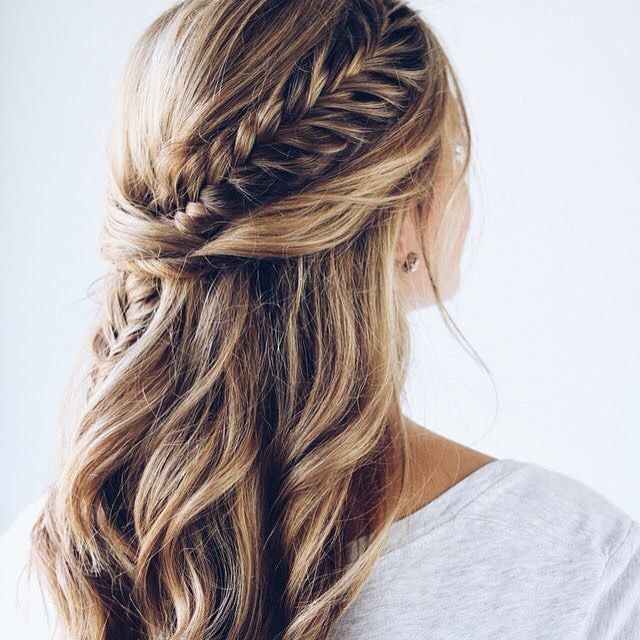 tresse hair Coiffure mariage, Coiffure cheveux mi long