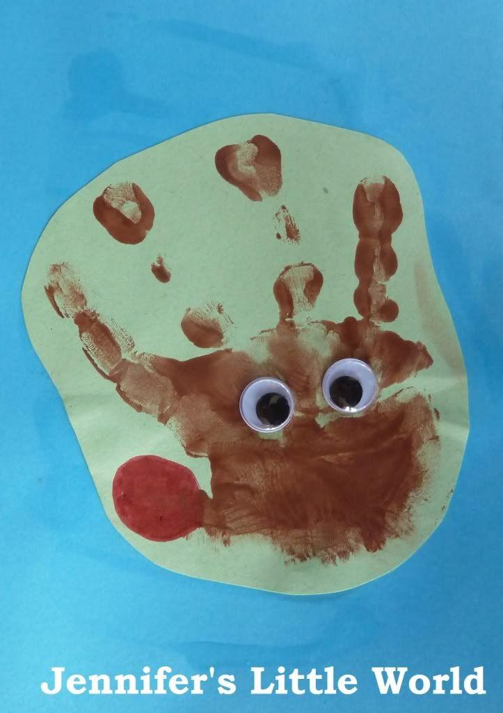 Reindeer Christmas Cards Hand Prints.Reindeer Handprint Christmas Cards Christmas Reindeer