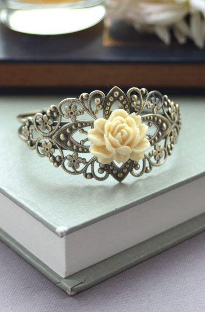 Ivory Rose Flower Adjustable Cuff Bracelet. Vintage