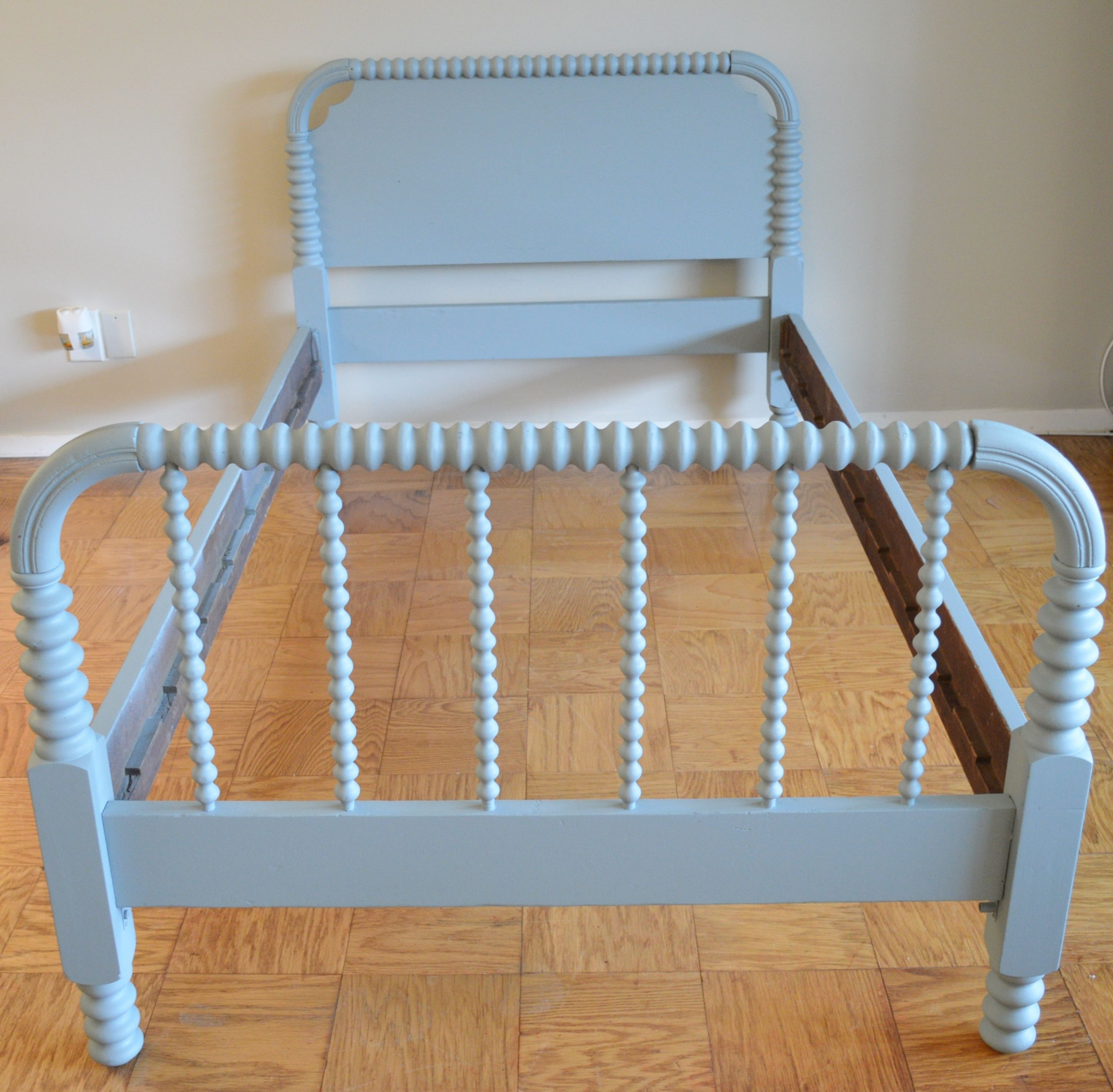 Antique twin Jenny Lind Bed Classic spool bed with rails