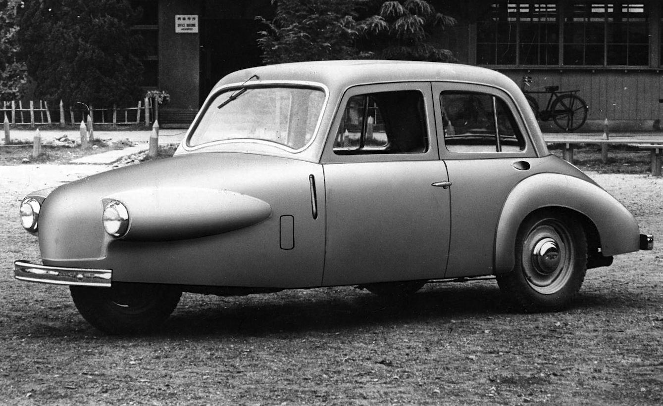 1951 Daihatsu Bee Three Wheel Micro Car 540cc Rear Mounted