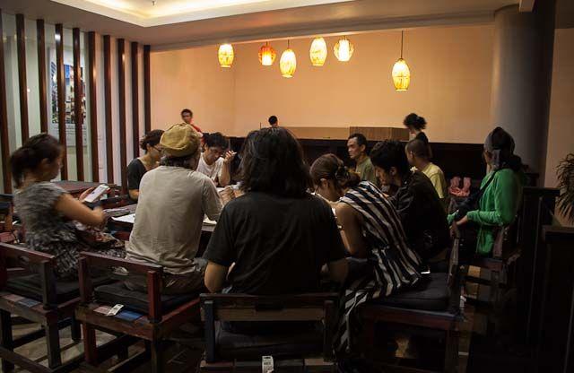 """"""" meeting """"  17.Sep.2013  ジョグジャカルタ 到着すぐのミーティング!24時間程度かけての到着組がほとんどなのに。。。凄い!のだ。"""