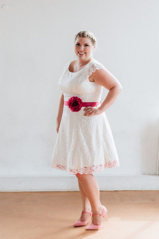 Brautkleid mit Petticoat in Größe 48 50 oder 52 – unsere Lucy ...