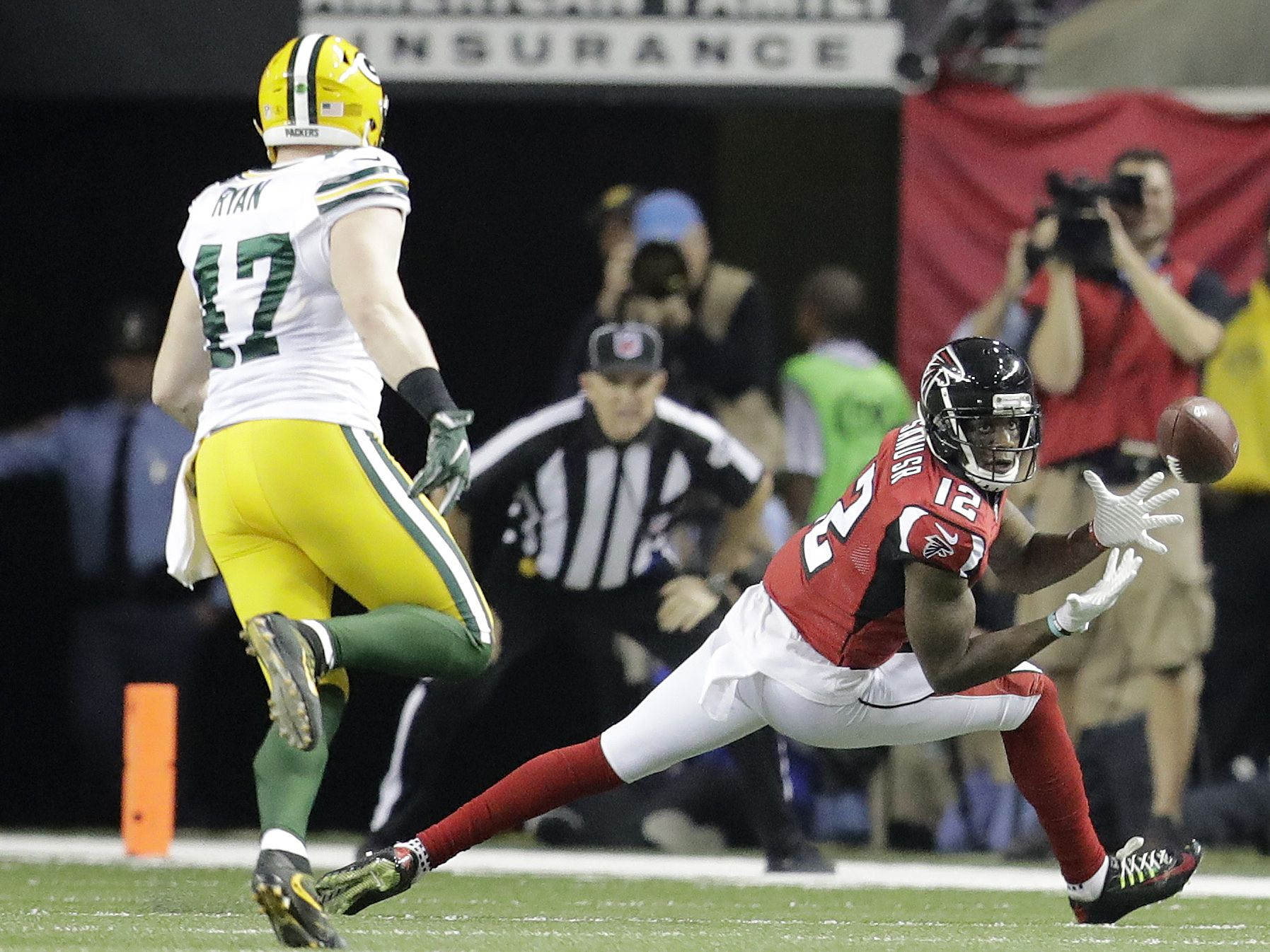 Is There Any Catch Mohamed Sanu Can T Make Ap Goldman Nfl Season Falcons Rise Up National Football League