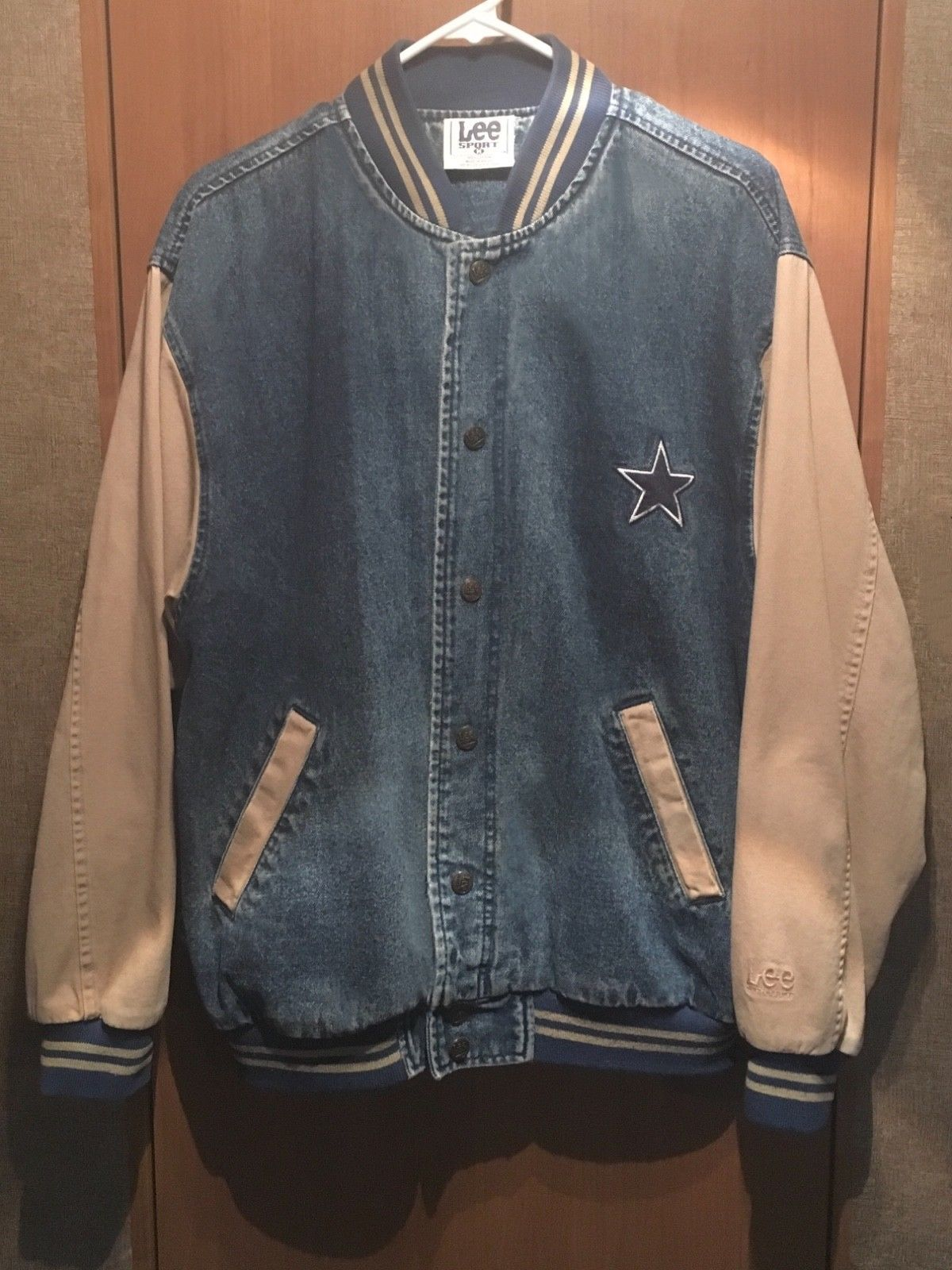 DALLAS COWBOYS Lee Sport Mens Med Vintage Baseball Style Denim Jacket Coat  - NFL e5f404b67