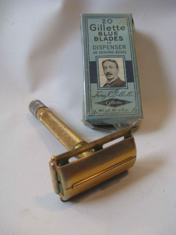 Gillette shaving razor 1950 Milord goldtone w NOS blades