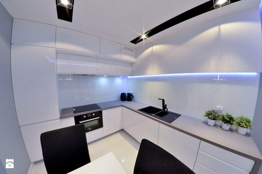 Mieszkanie Gdańsk - 48m2 - 2014 - Średnia kuchnia w kształcie