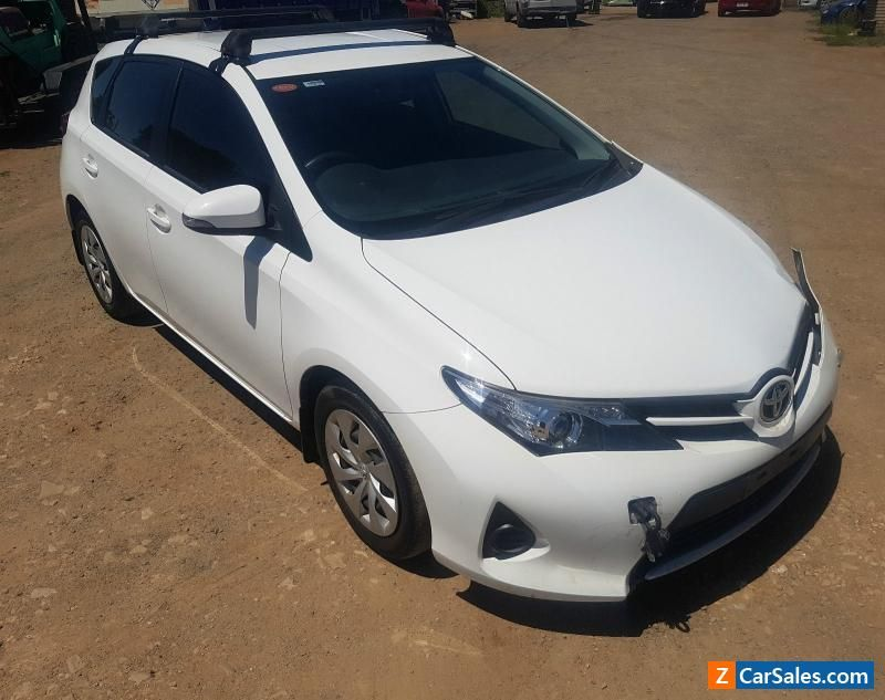 2013 toyota corolla ascent hatch 18l 6spd manual zre182r damaged if youre like a lot of people you probably dont know much about auto repair by understanding a little about auto repair you can really save yourself solutioingenieria Gallery