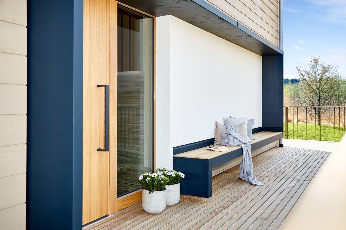 Eingang Haustür modern mit Sitzbank - Architektur Detail Landhaus ...